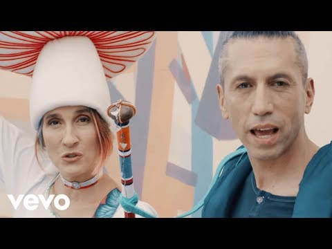 Aterciopelados - Play (Video Oficial) ft. Ana Tijoux