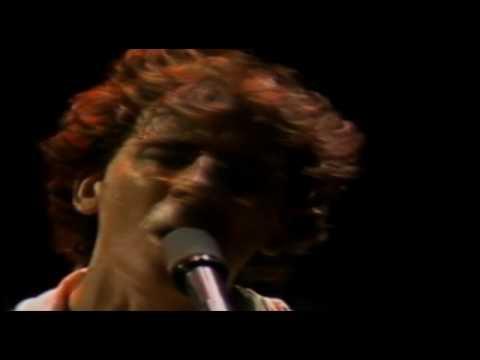 [HD] 06 Charly Garcia- Peperina- Luna Park 1983