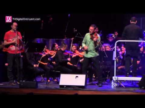 Celtas Cortos amb l'Orquestra Simfònica Caixa Ontinyent - El emigrante