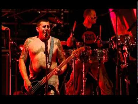 Manu Chao - La Vida Tombola (Live)