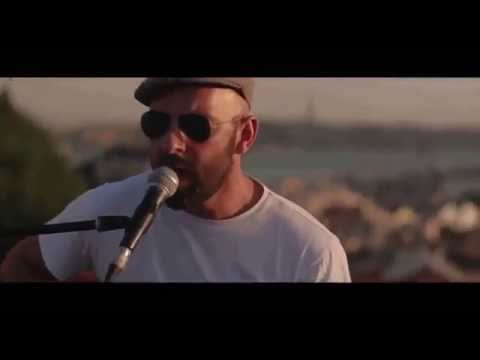 Frankie Chavez - Fight - Live at Lusco Fusco Sessions (Lisbon)