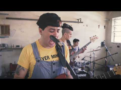 Bubis Vayins - Ansiedad + En el patio, bajo la pérgola (vivo)